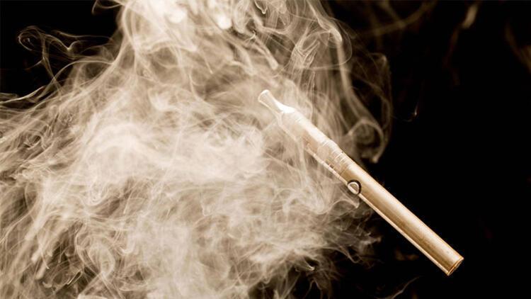مضرات سیگار الکترونیکی برای زنان