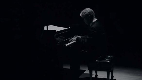 اجرای زنده ریوئیچی ساکاموتو