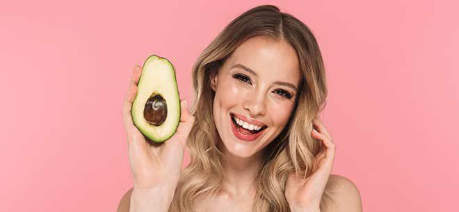 غذاهای مفید برای پوست که به شما پوستی سالم و با طراوت می بخشند!
