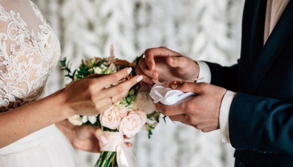 آیا عشق با ازدواج از بین می رود