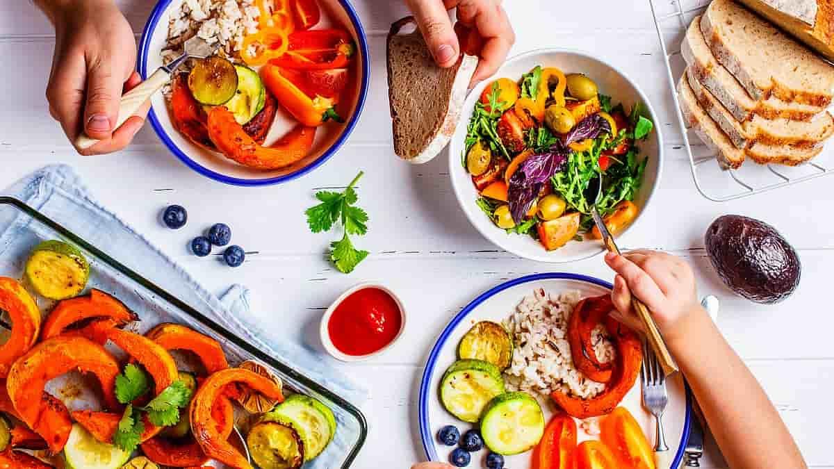 9 غذا برای بالا بردن روحیه که خلق و خوی تان را بهبود می بخشند!