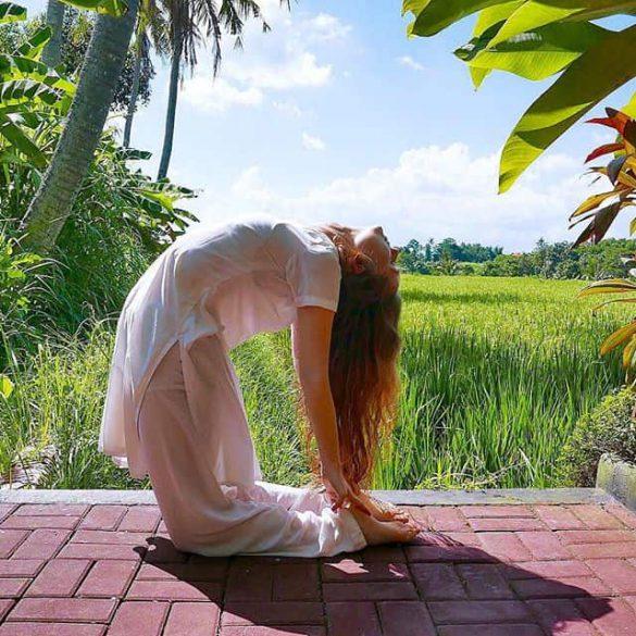 بهترین حرکات یوگا برای لاغری شکم