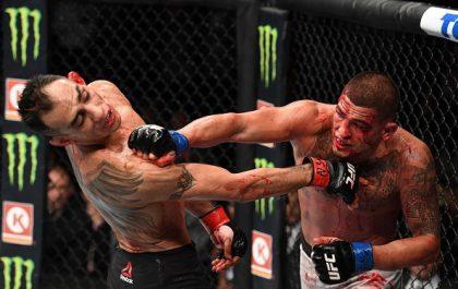 مبارزه تونی فرگوسن با آنتونی پتیس در UFC 229