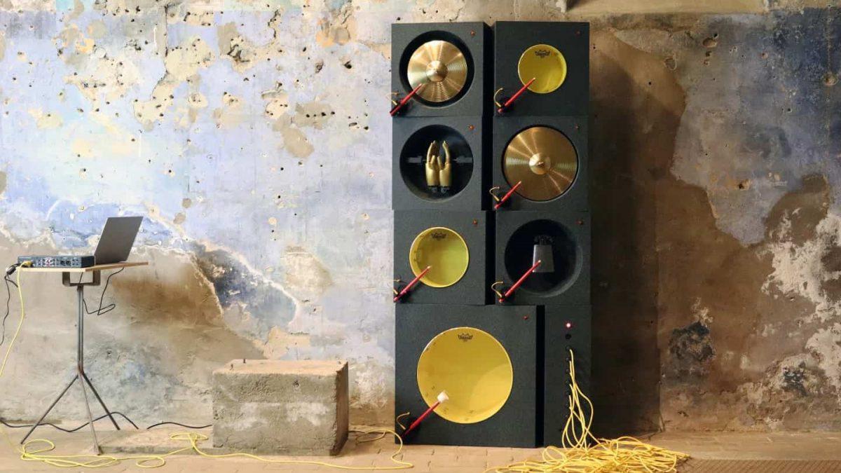 ماشین موسیقی یا اکسسوار تزیینی برای دکوراسیون داخلی منزل ؟