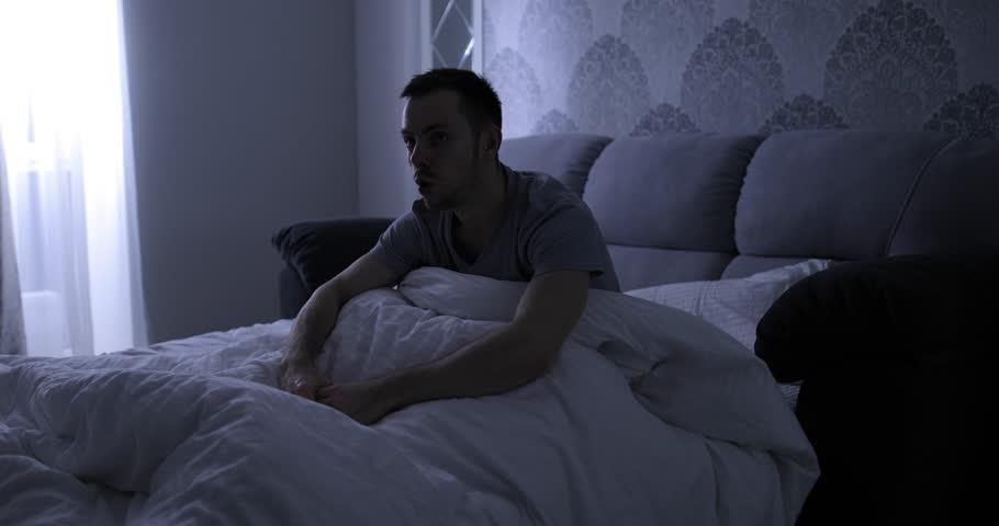 چرا همش خوابهای عجیب میبینم؟