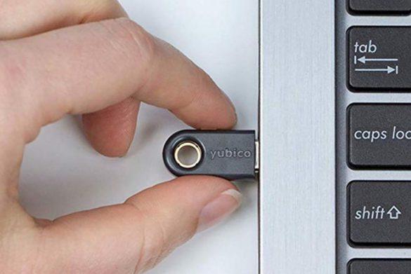 کلید امنیتی سخت افزاری