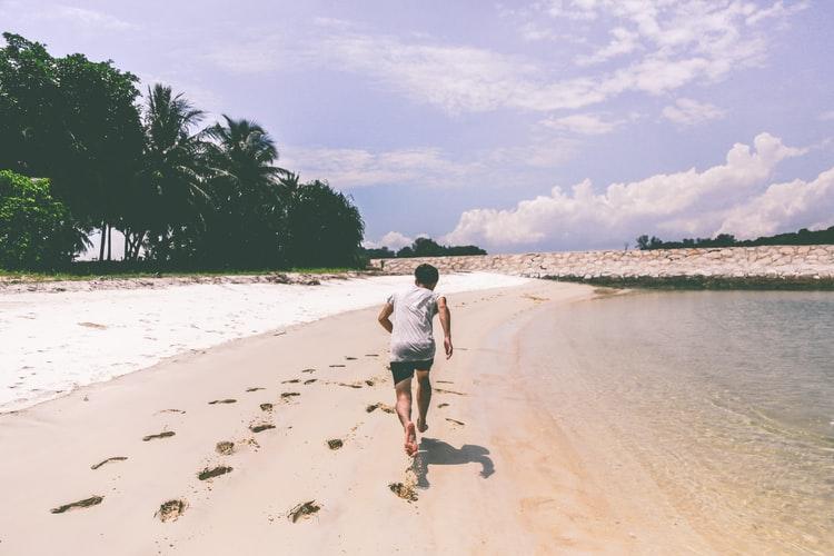 تنها دویدن