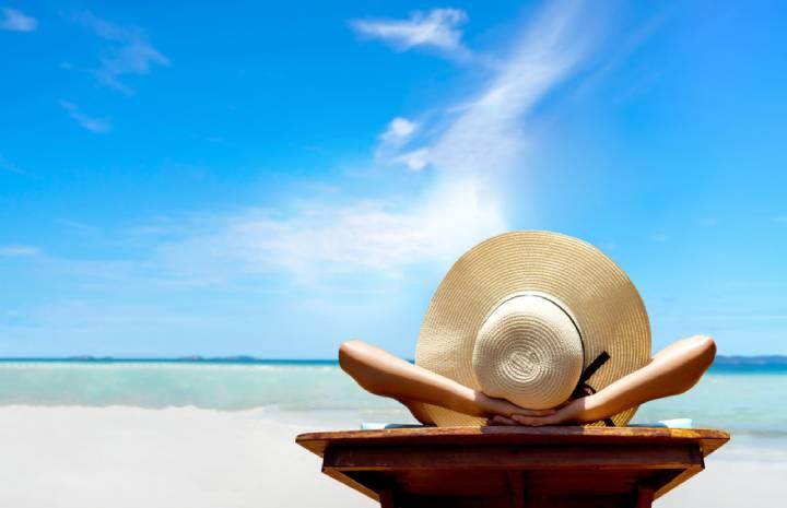فواید و مضرات آفتاب گرفتن و نکاتی که هنگام آفتابگرفتن باید رعایت کنید!