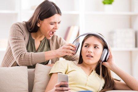 چرا بزرگترها از آهنگهای جدید بدشان میآید؟
