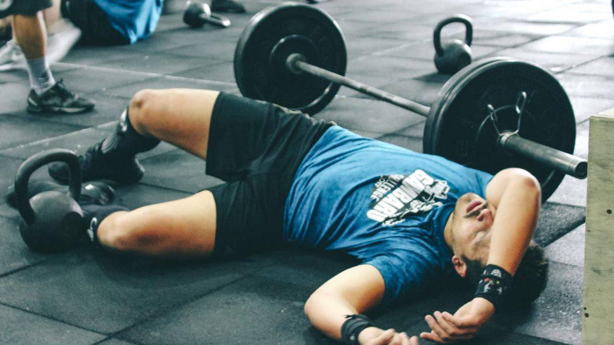 یک روز استراحت مناسب در تمرینات ورزشی به چه شکلی است؟