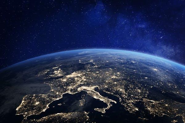 آیا آدم فضایی ها متوجه نور و صدا از سیاره ی ما می شوند؟