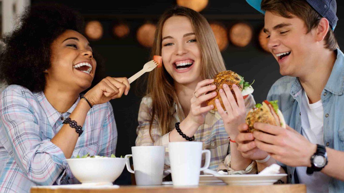تغذیه نوجوانان ؛ 10 غذایی که نوجوانان باید هر روز مصرف کنند