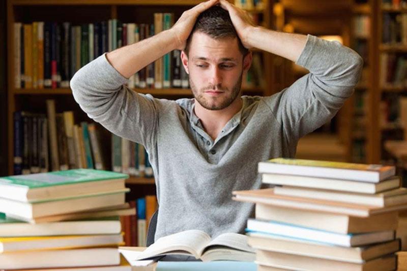 علائم افسردگی در دانشجویان
